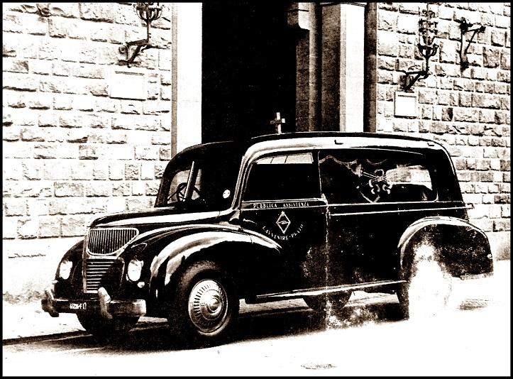 Antico carro funebre - Pubblica Assistenza L'Avvenire, Prato